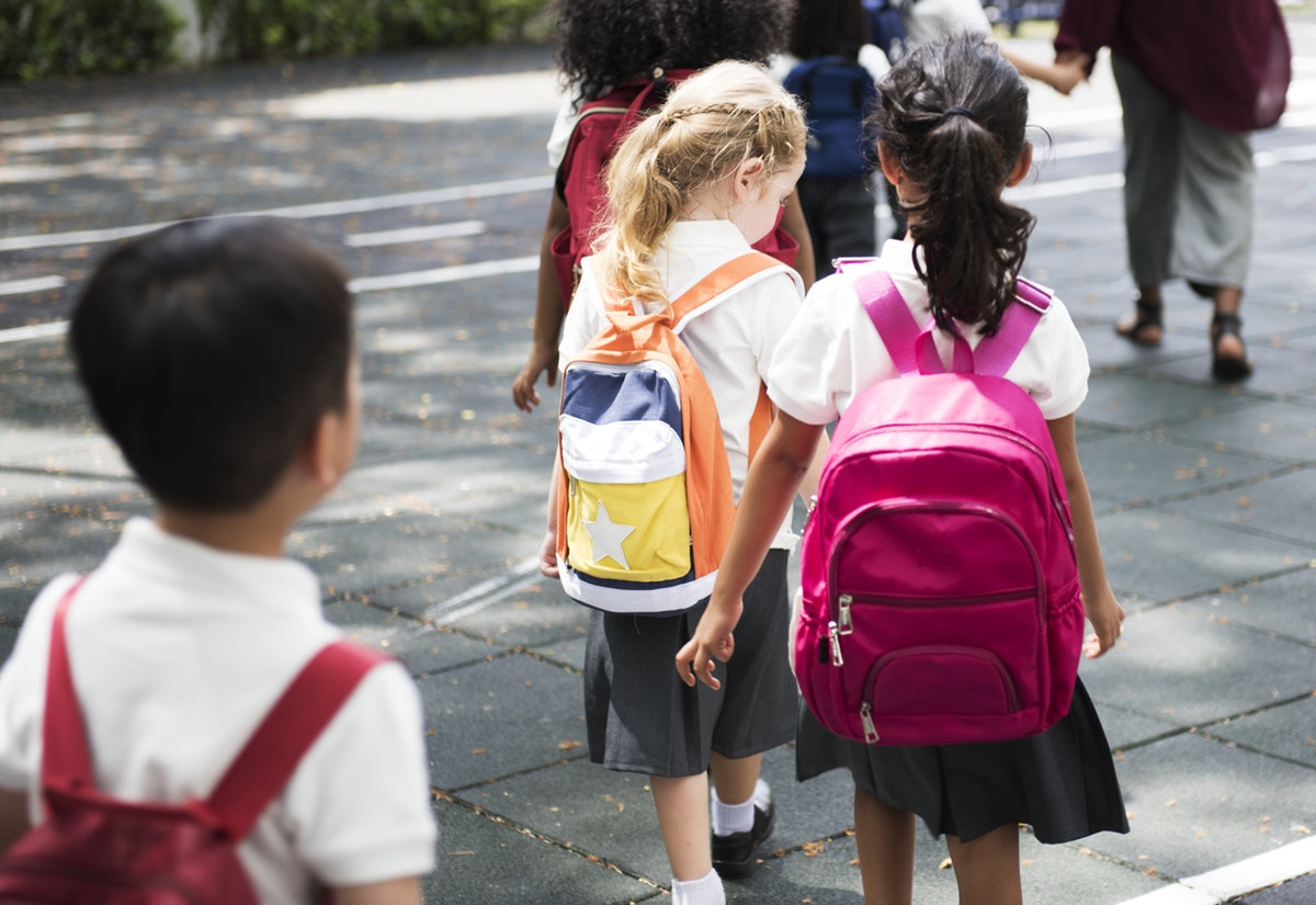 Back to school – how much should your child's backpack weigh