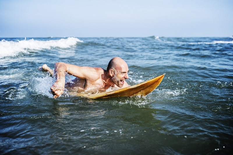 surfing to reduce stress